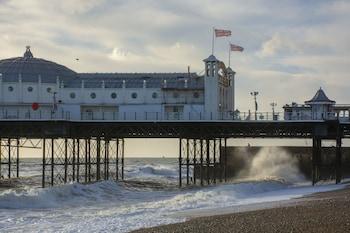Hotel - Amherst Brighton