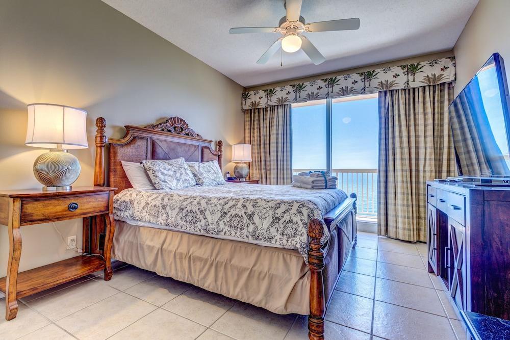 Calypso Resort 2204E - Three Bedroom Condo