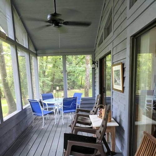 Reedy Patch Cabin - Bungalows for Rent in Hendersonville, Henderson