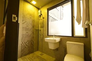 HOTEL SNOW ANGELES Bathroom