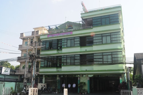 Nay Chi Linn Hotel, Bassein