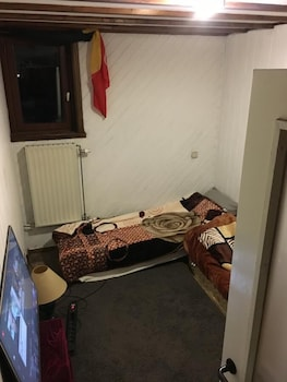 Well Equipped Appartment