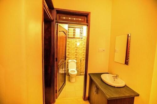 Entebbe Suburb Apartments, Jinja