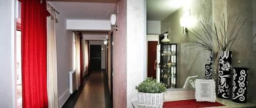 . Hotel Miramonti