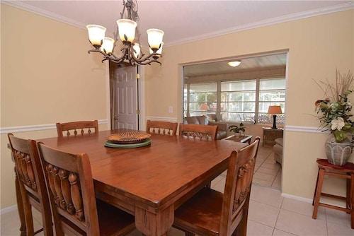 Lakeside House - Four Bedroom Home, Sarasota