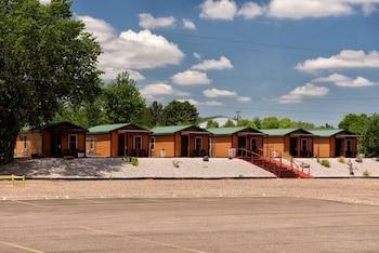 South Platte Cabins & Kennels