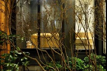 HANARE KYOTO HACHIJOGUCHI Garden