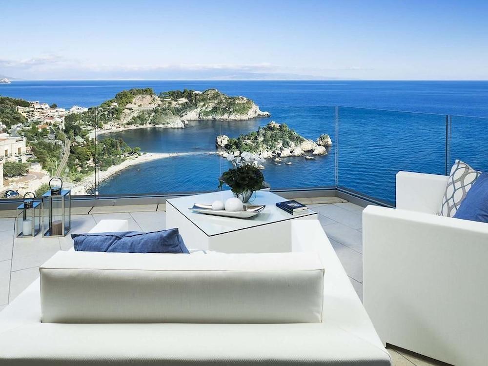 Isola Bella Suite