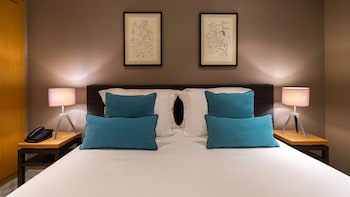 Adam One Bedroom Suite