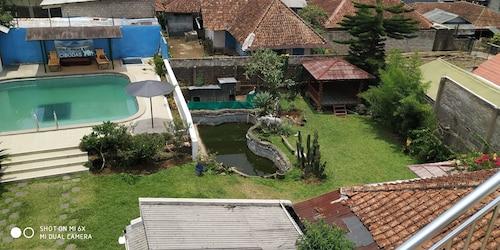 Villa Pribadi Beunying 35 pax, Bogor