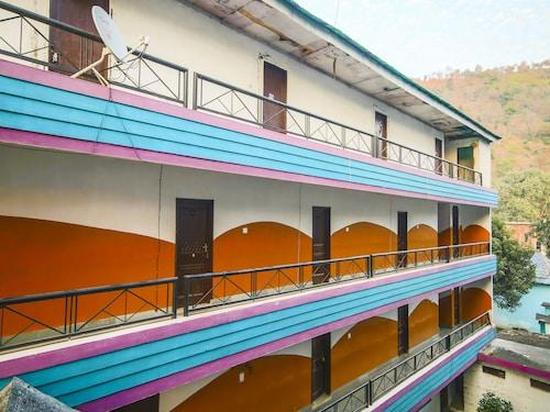 OYO 26724 Mid Way Tourist Resort, Mandi