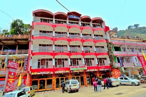 . OYO 26909 Hotel Paras
