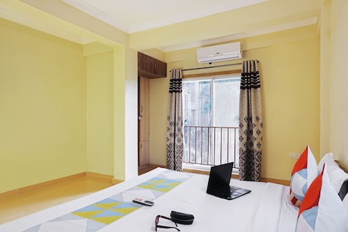 . OYO 22539 Home Serene 3BHK Khandala