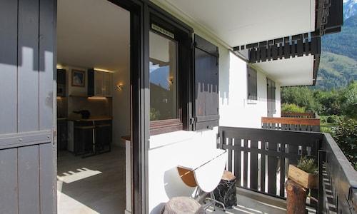 Studio in Chamonix-mont-blanc, With Wonderful Mountain View, Furnished, Haute-Savoie