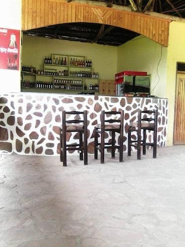 Katabile Country Resort, Kajara