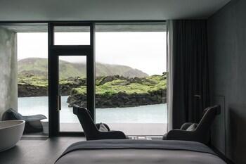 Lagoon View Junior Suite
