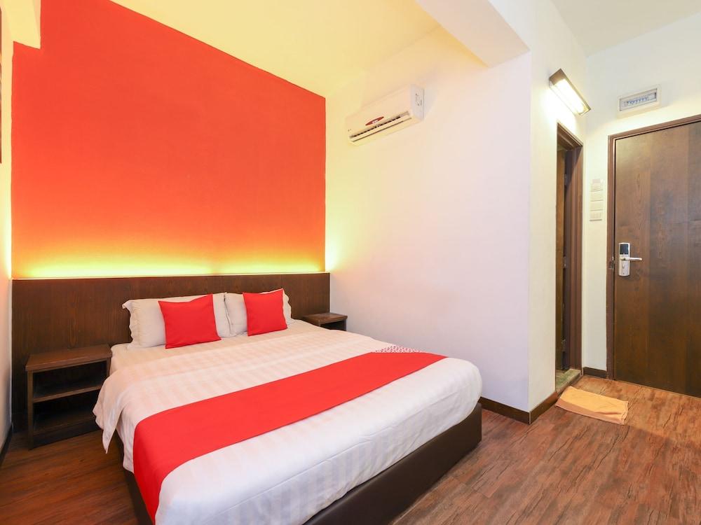 Hotel OYO 724 Hotel Madras
