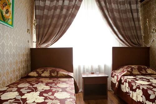 Hotel Topaz, Tselinogradskiy