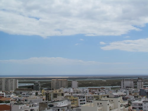 In Faro with Sea View, Faro