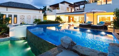 Villa Nevaeh-all Inclusive,