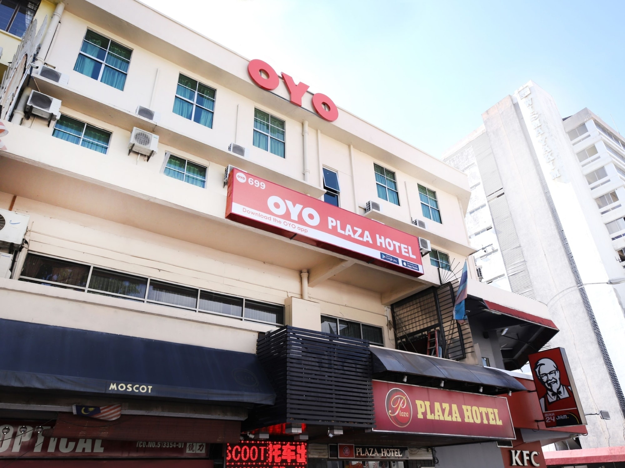 OYO 699 Plaza Hotel, Kota Kinabalu