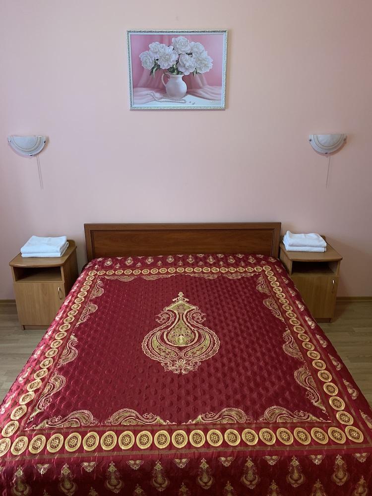 Гостиница на Житомирской