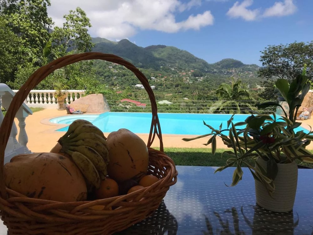 Villa With 3 Bedrooms in Seychelles, With Wonderful Mountain View, Private Pool, Enclosed Garden - 2