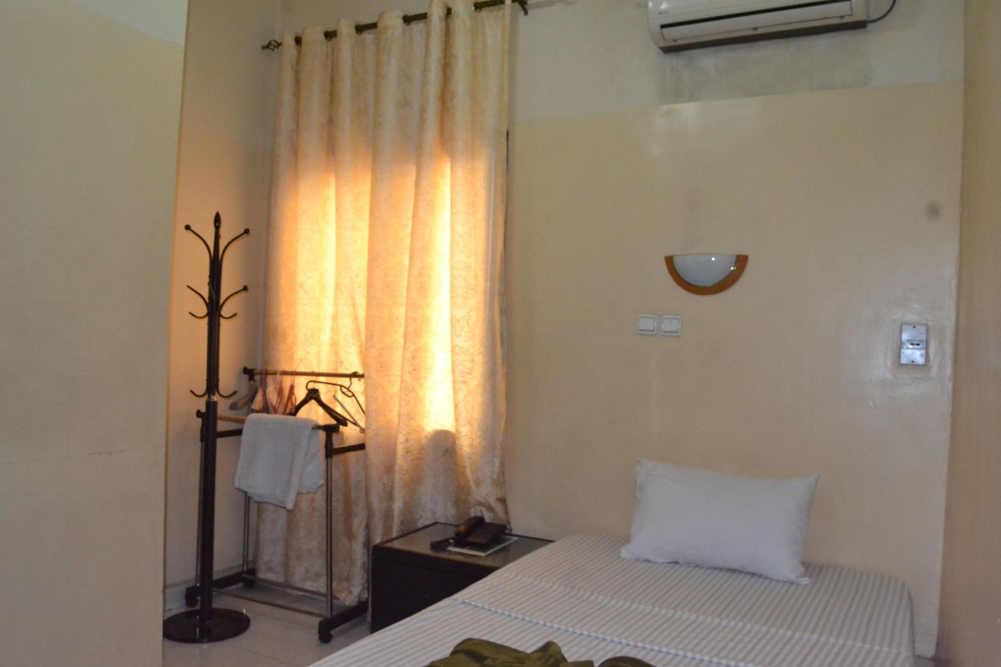 Hotel Finesse, Kinshasa