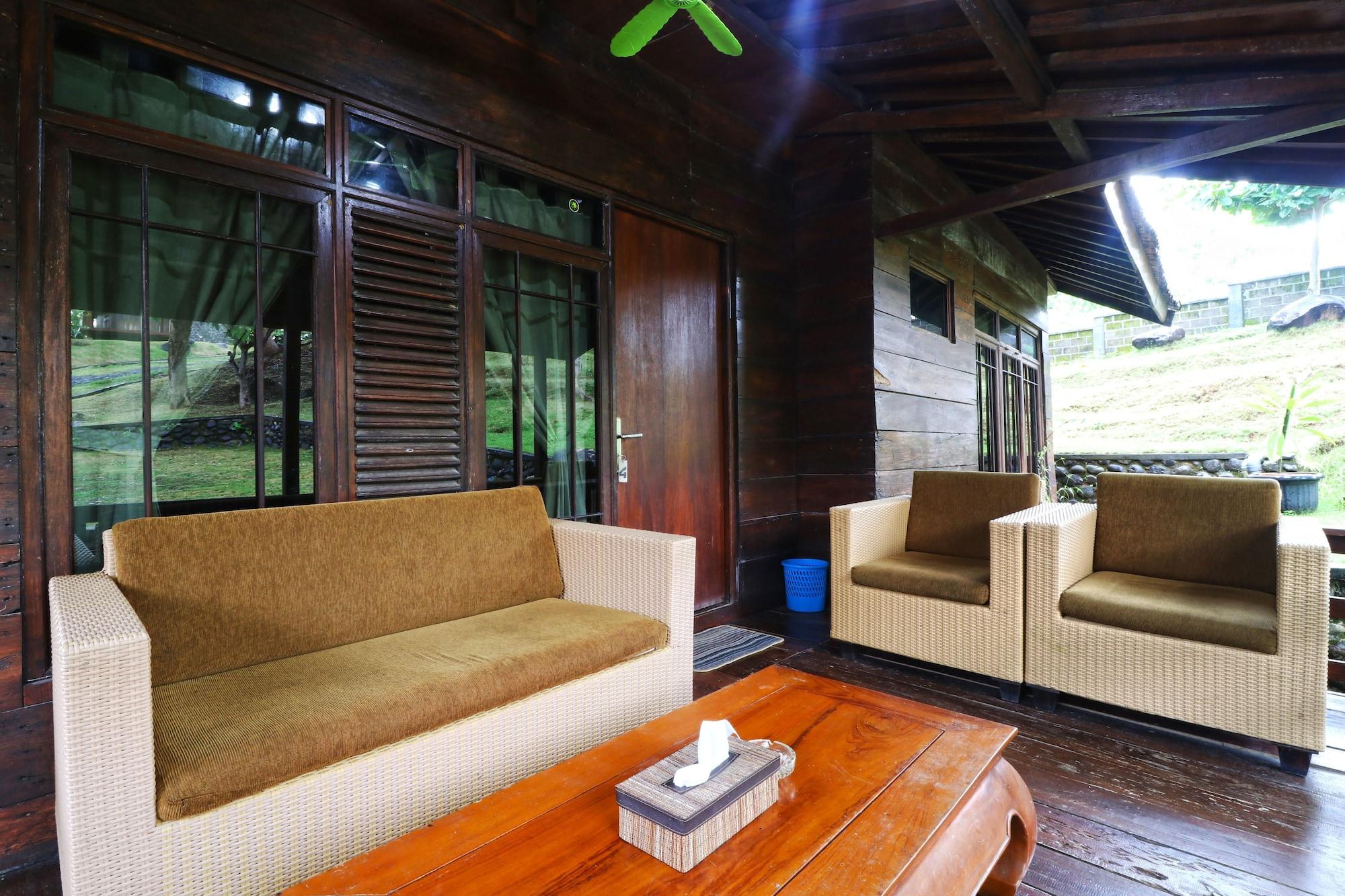 Negla Beach Villa, Garut