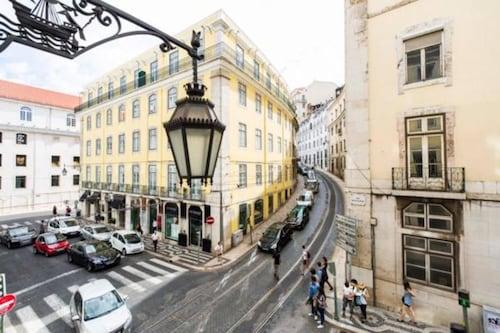 Ola Lisbon - Chiado I, Lisboa