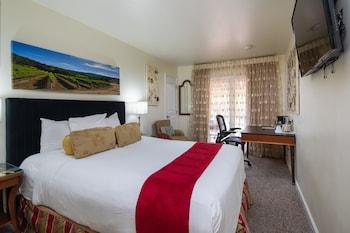 卡梅爾豐收套房旅館 Vendange Carmel Inn & Suites