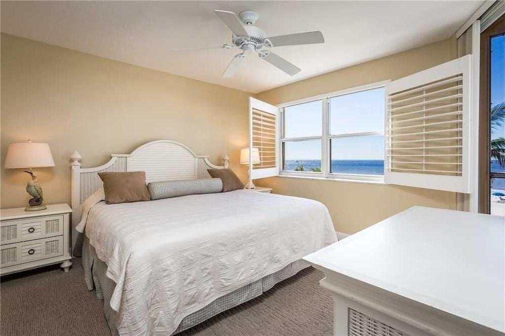 Estero Island Beach Villas 204 - Two Bedroom Condo