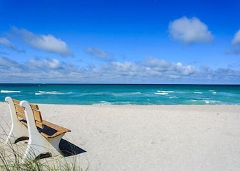 Gulf Holidays 15 - One Bedroom Condo