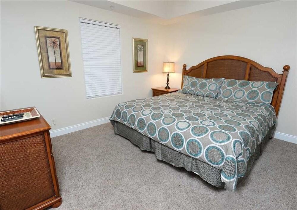 Calypso 203 East Tower 1 - One Bedroom Condo