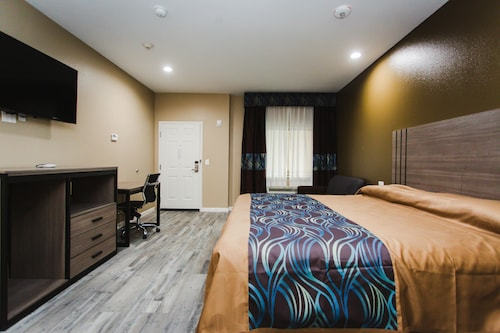 Budget Host Inn and Suites, Fort Bend