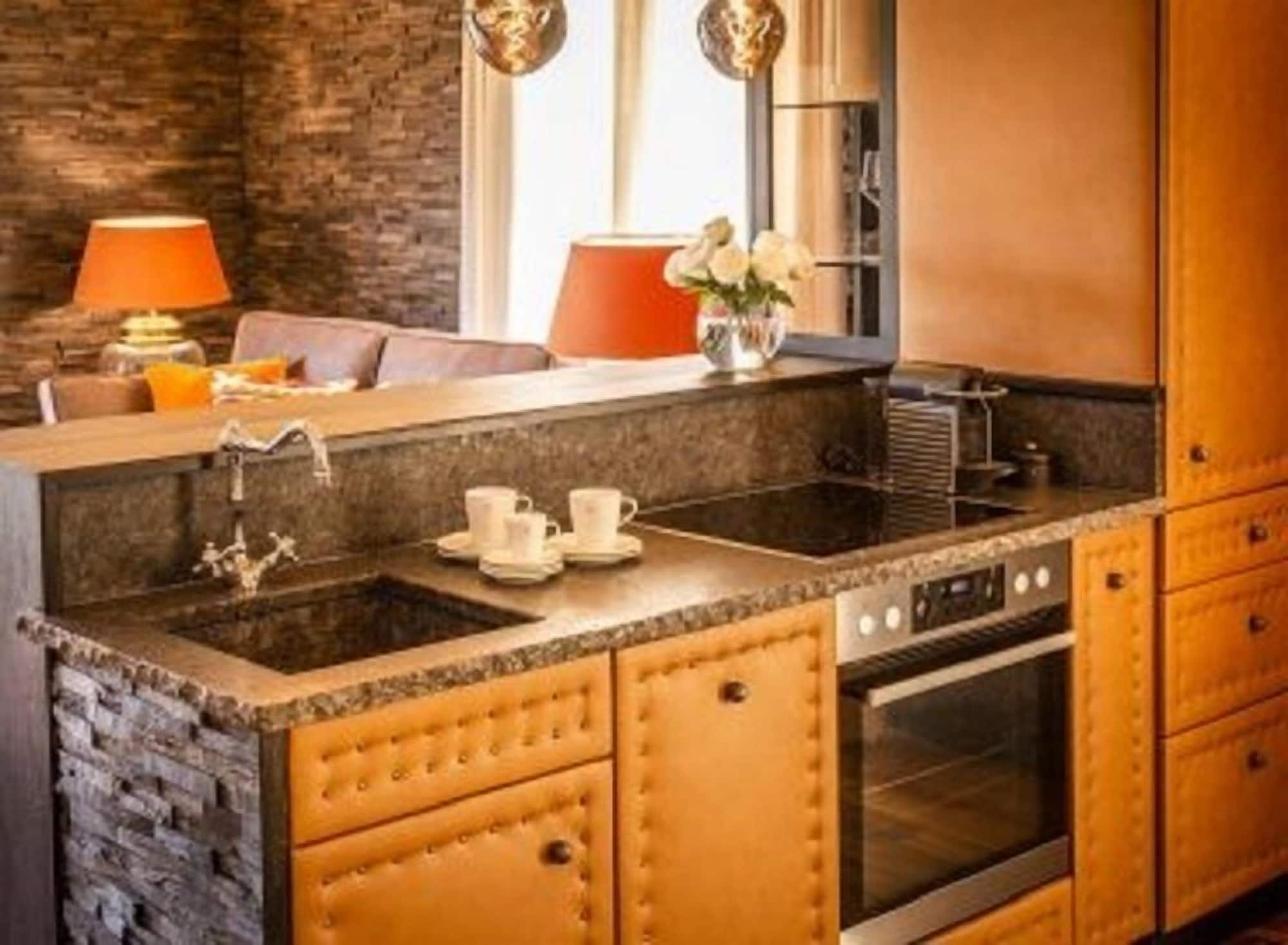 Golden Hill Country Chalets & Suites, Leibnitz