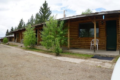 Eagle Nest Fly Shack and Lodge, Colfax