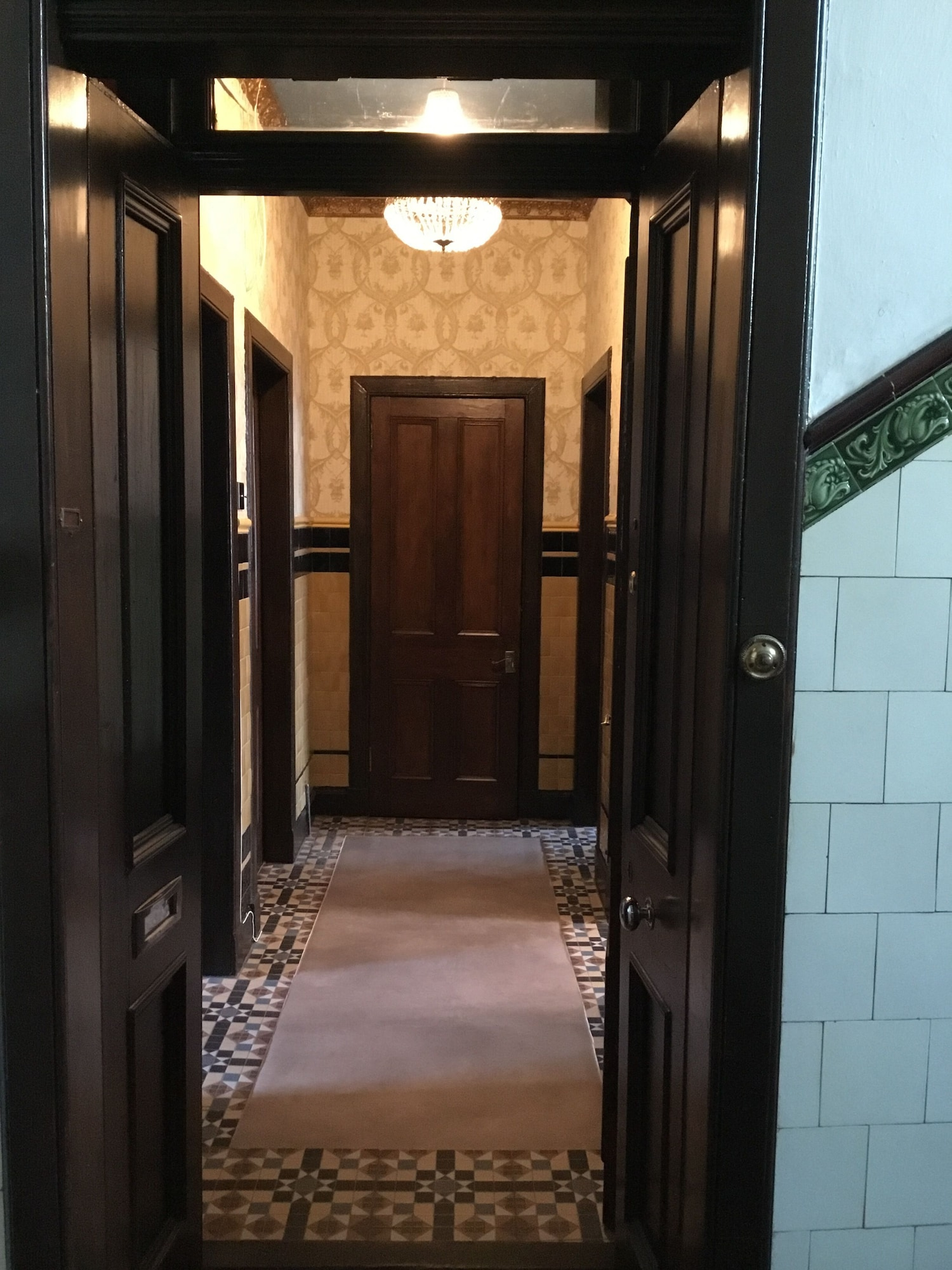 Luxurious Victorian 2 bedroom apartment, Inverclyde