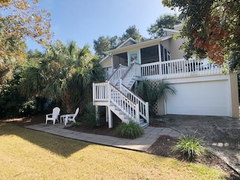 Palm Blvd 904 - Here Comes The Sun - 3 Br Home