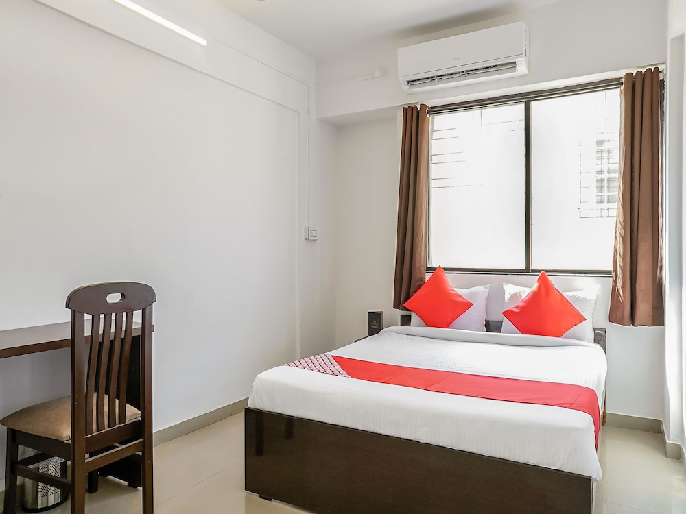 OYO 24143 Flagship Hotel Blue Orchid