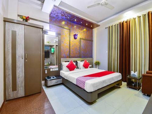 OYO 6296 Hotel Park Avenue, Sikar