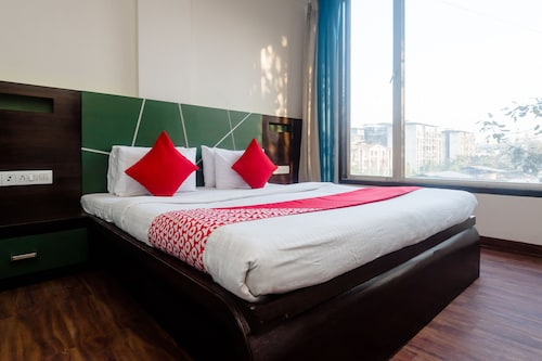 OYO 5699 Hotel Monarch Boutique, Thane