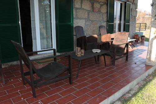House With 6 Bedrooms in Amarante, With Wonderful Lake View, Enclosed, Amarante