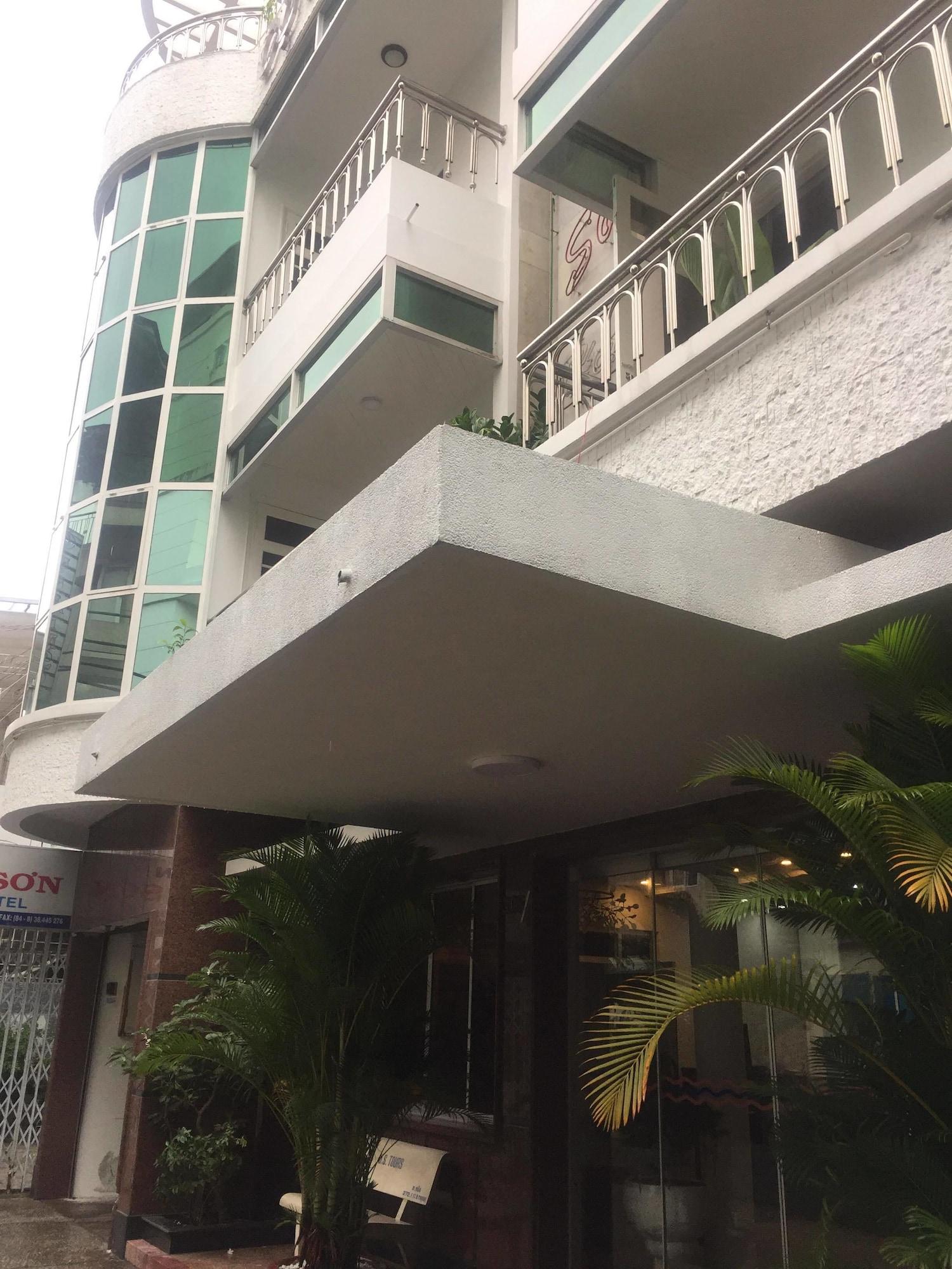 Cuu Kim Son Hotel, Tân Bình
