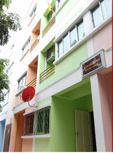 Penthiphouse, Muang Pathum Thani