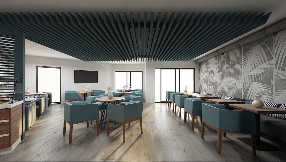 Клуб-отель «Бора-Бора»