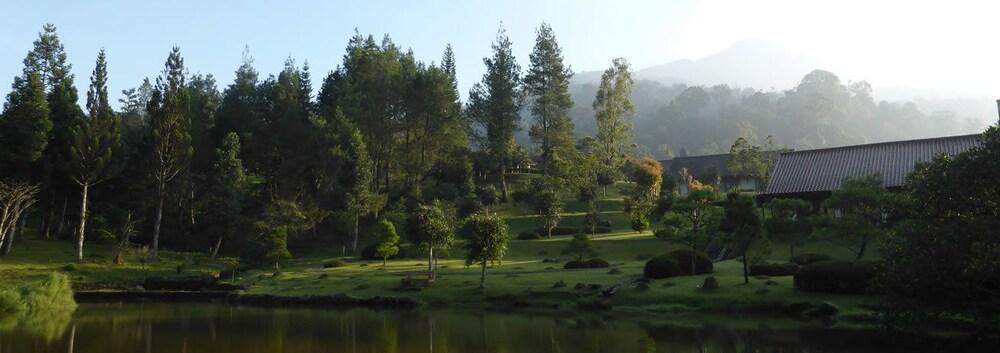 Javana Spa & Resort