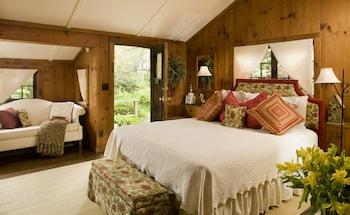 Swayback Cabin