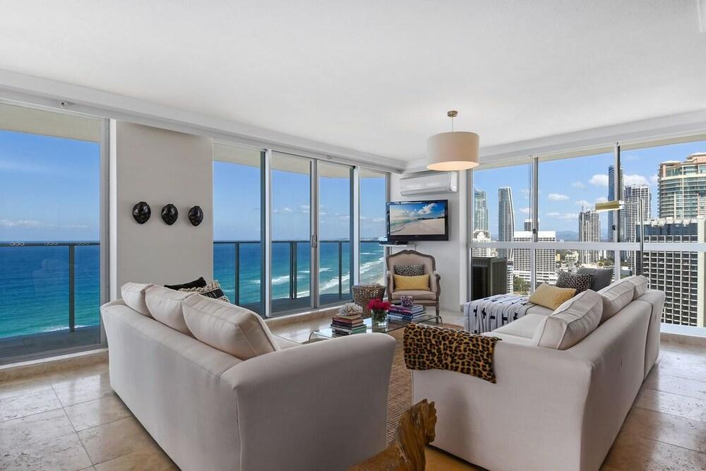 Oceanfront Luxury Sub-Penthouse