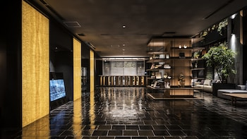 BESPOKE HOTEL SHINSAIBASHI Lobby